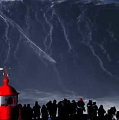This is Nazare in Portugal, there's an undersea canyon which channels the swell energy and creates these very tall but very narrow waves. Large Waves, Big Waves, Ocean Waves, Portugal, Kite Surf, Big Wave Surfing, Unicorn Pictures, Western Coast, Underwater World