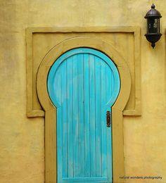 Very interesting turquois door. #door