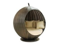 Apple Daybed Pod