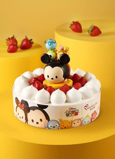 1.5lb Maxim's Tsum Tsum Strawberry Cake