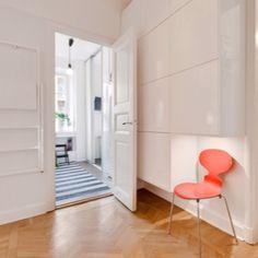 Bråvallagatan...hallway/dressingroom