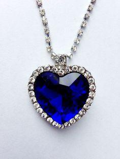 Blauwe ketting