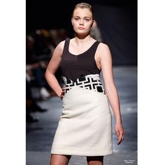 """#catwalk #fw15 #fashion #esmod"" Cat Walk, Perspective, Instagram Posts, Collection, Fashion, Mars, Runway, Moda, Walkway"