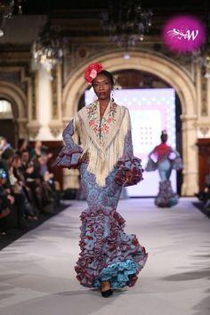 m.diariodesevilla.es - We Love Flamenco 2018- Carmen Acedo Vestidos Flamenca  2f19ef3abfe
