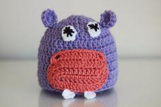 Newborn hippopotamus hat. Crochet hat. Baby hippo hat. Photo Prop. Animal Hat. Purple hat. Newborn gift. 0 - 3 months.