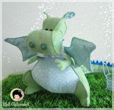 Lovely work and so cute interpretation.    Original pattern is from http://www.mariskavos.nl