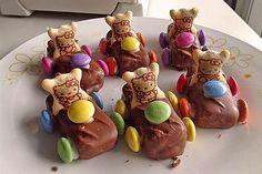 Schoko-Auto 9 peanut butter chocolate for peanut butter lovers peanut butter with peanut butter easy Chocolate Car, Chocolate Recipes, Kind Snacks, Vegan Humor, Food Humor, Food Lists, Finger Foods, Gingerbread Cookies, Deserts