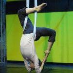 Aerial yoga, this looks like so much fun!