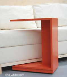 This simple little C table makes a modern nightstand or a quick snack table. Rolls under the couch to put a laptop in your lap. Easy read step by step instructions Ana White Diy Sofa Table, C Table, End Tables, Bedside Tables, Snack Tables, Study Tables, Diy Couch, Sofa Tables, Diy Furniture Plans
