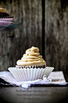 Rootbeer Float Cupcakes from @Kristen Wogan Doyle
