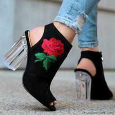 #lolashoetique #black #clear #nude #sendnudes #boot #bootie #black #fashion #fashion #cute #sexy #happy #live #life #love #laugh #california #streetstyle #fashionista #nude #white #denim #blogger #lifestyle #perspex #clear #heels
