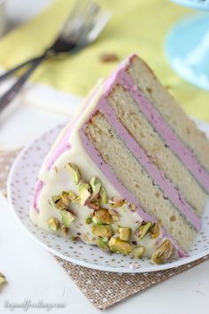 Youll absolutely love this Blueberry Pistachio Layer Cake. Three layers of homemade white cake with a fresh blueberry frosting a white chocolate ganache and salted pistachios. Baking Recipes, Cake Recipes, Dessert Recipes, Just Desserts, Delicious Desserts, Blueberry Frosting, Blueberry Cake, Homemade White Cakes, Chocolate Ganache