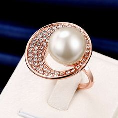 Luxury Rose Gold Circle Rhinestone Pearl Women Wedding Ring