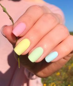 Why Your Entire Newsfeed Is Wearing Rainbow Nails — & These 8 Other May Trends Cute Acrylic Nails, Acrylic Nail Designs, Cute Nails, Gel Nails, Valley Nails, Paintbox Nails, Nail Time, Nail Polish Art, French Tip Nails