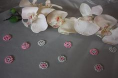 10 Beaded Flowers Table Confetti; White, Pink; Table Decor; Table Scatter; Wedding Confetti; Party Confetti
