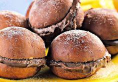 Ainda dá tempo de comemorar o #diadohamburguer ? Conheça o #hamburguerdebrigadeiro Pão de sonho com recheio de #brigadeiro ficou com água na boca? Nós estamos babando! by eu_amo_brigadeiro http://ift.tt/1sj4rZb