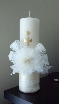 First communion candle Baptism Party Decorations, Christmas Candle Decorations, Christmas Candles, Mason Jar Candle Holders, Candle Molds, Holy Communion Dresses, First Holy Communion, Beeswax Candles, Pillar Candles