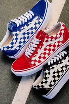 "Vans ""Primary Check"" Old Skool Pack - Sneakers Cute Vans, Cute Shoes, Me Too Shoes, Cool Vans Shoes, Sneakers Vans, Tenis Vans, Sock Shoes, Shoe Boots, Shoes Heels"