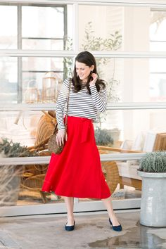 Parisian Chic Outfit | Striped tee, red Sezane midi skirt, ballet flats | Midtown Magnolia Blog