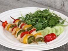 Delená strava, recepty Naničmama.sk Caprese Salad, Sushi, Health Fitness, Ethnic Recipes, Delena, Food, Red Peppers, Essen, Meals