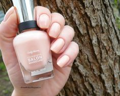 Sally Hansen Comlete Salon Manicure #210 Naked Ambition.