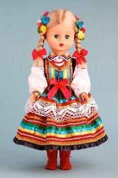 DreamWorld Collections Lublin Girl (Lubelska) - 18 Inch Collectible Regional Doll : Regional Dolls