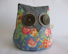 IHeartStitchingSA on Etsy Owl doorstop with flower fabric White Leaf, Blue And White, Owl Doorstop, Geometric Owl, Fox Pattern, Owl Patterns, Door Stop, Cute Designs, Fabric Flowers