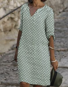 Chic Outfits, Dress Outfits, Fashion Dresses, Tunic Dresses, Couture, Stylish Older Women, Wrap Dress, Dress Up, Passion For Fashion