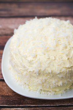 Classic Angel Flake Coconut Cake   dearcrissy.com