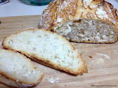 Paine Fara Framantare- In Oala de Fonta - Gabitza's Green Kitchen No Knead Bread, Green Kitchen, Foods, Food Food