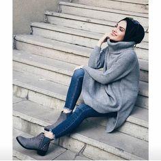 Oversized sweatshirts hijabi styling ideas – Just Trendy Girls Muslim Fashion, Modest Fashion, Fashion Outfits, Hijab Style, Hijab Chic, Modest Outfits, Casual Outfits, Hijab Elegante, Hijab Jeans