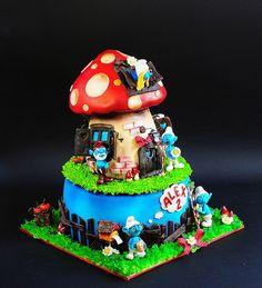 smurfs cake by Leapula, via Flickr