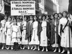 #FestaDellaDonna #Donne Donne dei primi decenni del Novecento