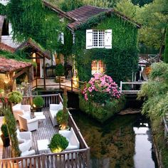 Le Moulin Du Roc, Champagnac de Belair, Francia