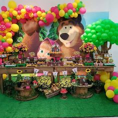 If you are organizing this themed party for a beautiful girl, and you are looking for the best ideas of Candy masha and bear bar, here you will find all Bear Birthday, 2nd Birthday Parties, Balloon Decorations, Birthday Decorations, Masha Et Mishka, Marsha And The Bear, Aloha Party, Bear Party, Holidays And Events