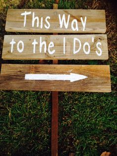 Country Wedding Sign  This Way to the I Do's by CountryCraftsnMore $30