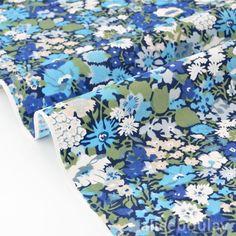 Tissu Japonais coton soyeux fluide fleuri bleu fond écru x 50cm : Tissus Habillement, Déco par alice-boulay