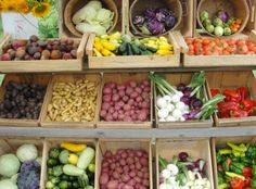 Farmers Market!  Please support our local farmers and feed your children well!  I simply love The Farmers Market...: )