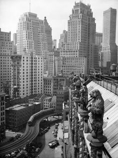 """NYC, USA - View from Seamen's Church Institute looking northwest, in Lower Manhattan -- Coenties Slip, and the curve of the Avenues """"El"""" structure in foreground. Photograph taken in June of (Courtesy NYC Municipal Archives) # Lower Manhattan, Manhattan Nyc, Old Pictures, Old Photos, Photo New York, New York Architecture, Vintage New York, Historical Photos, New York City"""