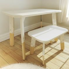 Table+chair (adjustable height)