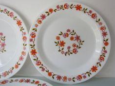 Vintage milk glass plate pyrex plate milk by Pyrex, Milk Glass, Etsy Store, Decorative Plates, Tableware, Handmade, Stuff To Buy, Vintage, Dinnerware