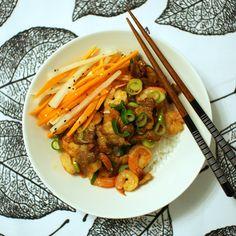 Keittotaiteilua: Tôm rang thit eli vietnamilaista possunkylkeä ja jättikatkarapuja