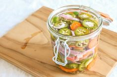 Picture of How to pickle jalapenos