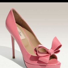 The shoe of my dreams thanks to Valentino!!!