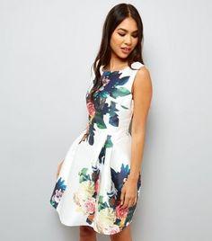 30189803e5 Blue Vanilla White Floral Print Skater Dress