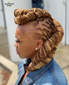Dreads Styles For Women, Short Dreadlocks Styles, Short Dreads, Short Locs Hairstyles, Dreadlock Styles, Natural Hair Styles For Black Women, Locs Styles, Thick Dreads, Natural Styles