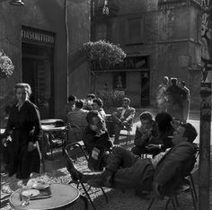 Ugo Mulas -  Lina Mainini, Alfa Castaldi, Arturo Carmassi and Cesare Peverelli at Bar Jamaica's, 1953-1954