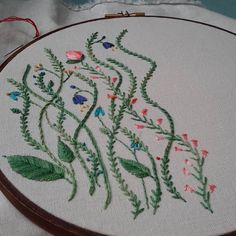 More freestyle stitching. #embroidery #handembroidery #stitching #handmade #embroideryfloss #bordado #broderie