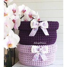 Crochet and Knitting Diy Crochet Gloves, Crochet Cable, Crochet Mittens, Crochet Slippers, Baby Blanket Crochet, Crochet Braid Pattern, Crochet Diagram, Braidless Crochet, Crochet Phone Cover