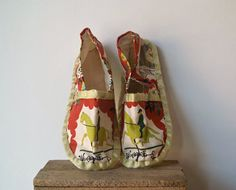 Vintage Handmade Slippers With Equestrian Print by 5gardenias
